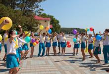 В международных молодежных и детских летних лагерях будут воспитывать лидеров, гуманитариев и технарей