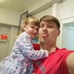 «Надеюсь услышать слово «папа»: семья из Сызрани уже три года борется за счастливое будущее дочери