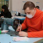 В реабилитационном центре «Здоровье» в Самаре шьют маски для сотрудников социальной сферы