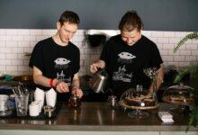 «Это наша победа и гордость». История питерского кафе, в котором работают люди с инвалидностью